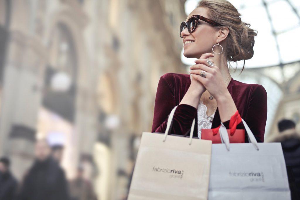 Kvinde_shoppetur